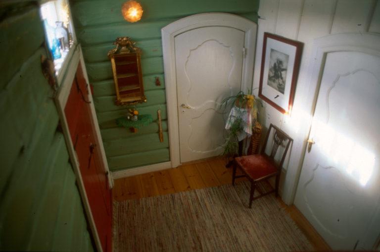 Sett fra trappa og ned © Røkenes gård