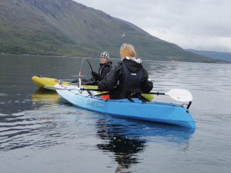 Fishing tours also offered in the fjord © Synatur