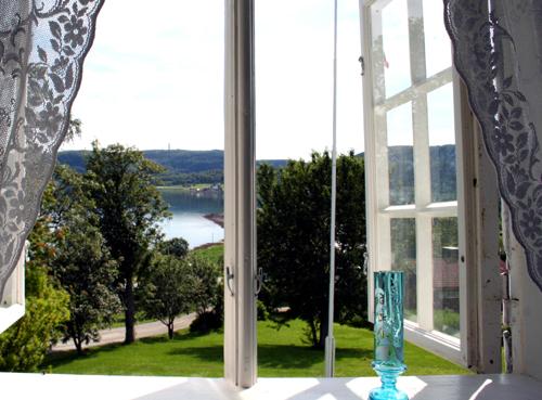Utsikt over fjorden © Røkenes gård