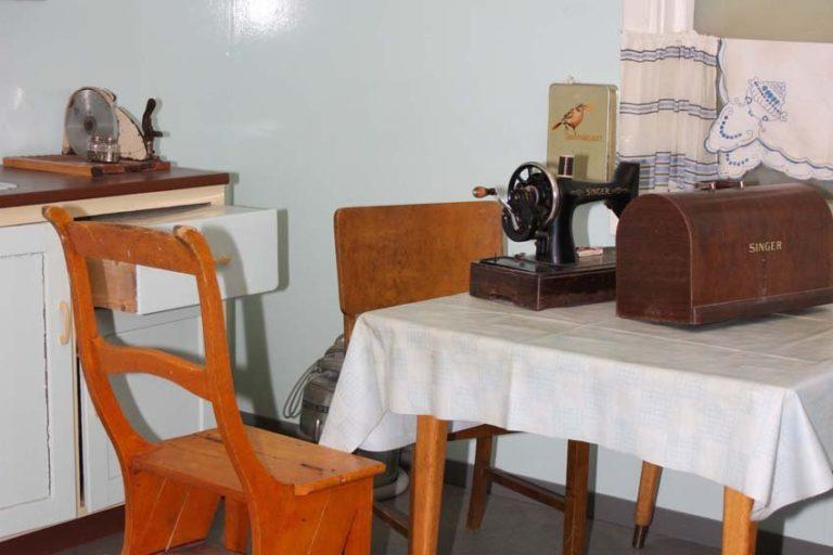 Kjøkkenord fra etterkrigstida © Gjenreisningsmuseet/Jaroslav Bogomilov