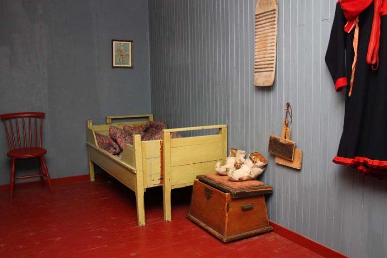 En titt inn i et samisk hjem © Gjenreisningsmuseet/Jaroslav Bogomilov