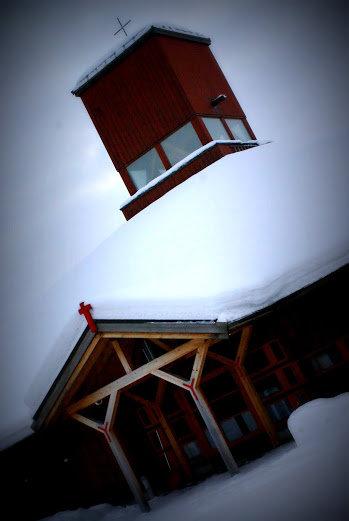 Den nye kirken er lavvoformet © Knut Hansvold