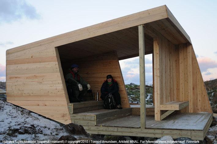 Fugleskjulet gjør at du ikke forstyrrer fuglelivet © Tormod Amundsen/Biotope