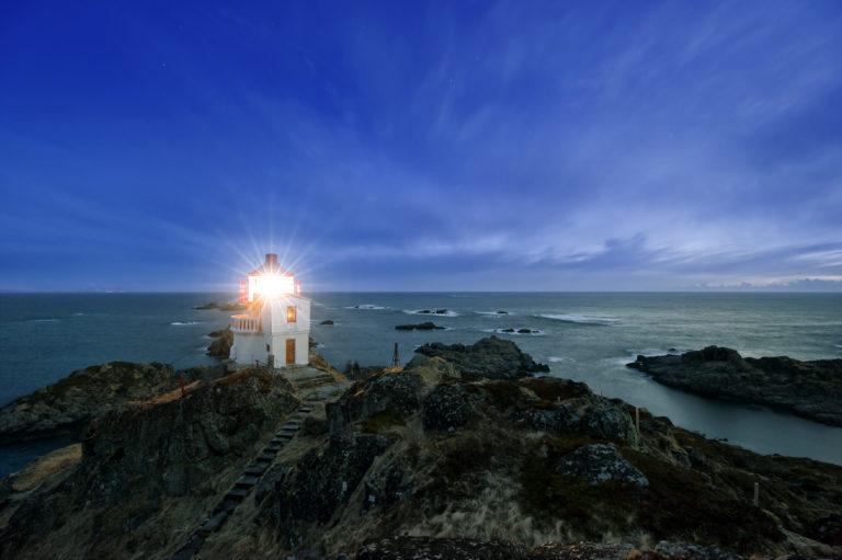 Moonlit nights really complete the experience © Øystein Lunde Ingvaldsen
