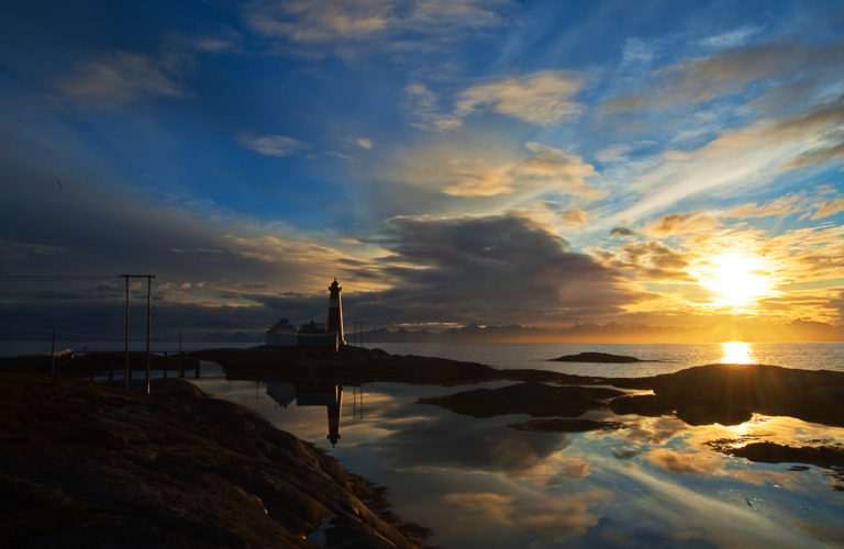 Fra Tranøy ser du hele Lofotveggen © Kjell Fredriksen