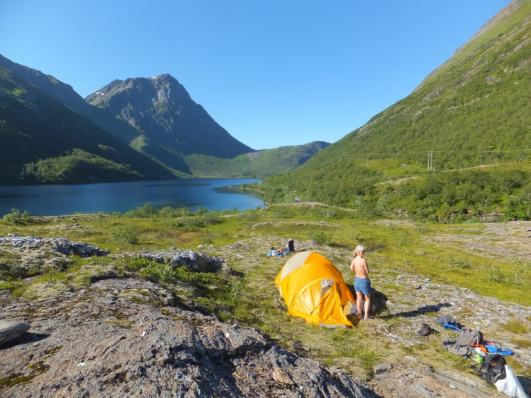 A maximum of 2 nights camping on the same location is allowed © Eirik Alst