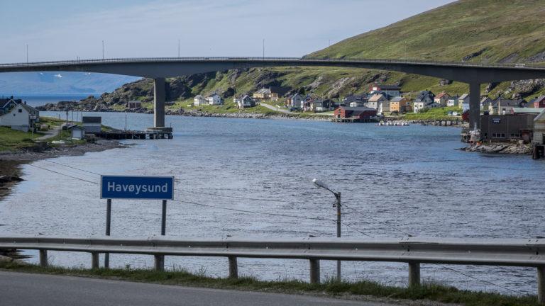 På vei inn til veis ende, ved enden av Nasjonal turistveg til Havøysund ©Jarle Wæhler/Statens vegvesen