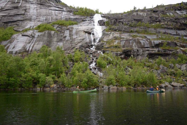 Retur over Sørfjordvatnet © Knut Hansvold