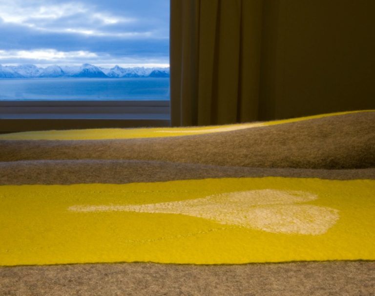 Views from the rooms have far reaching beauty © Litløy Fyr