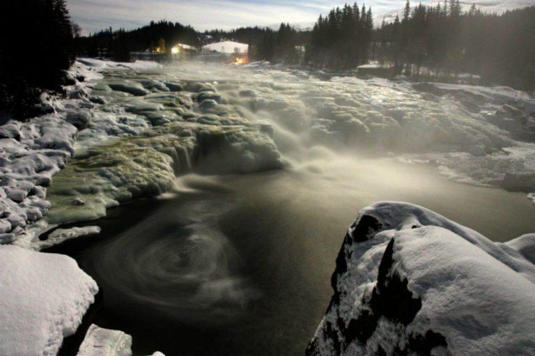 På kalde vinterdager ser det hele roligere ut © Helgeland Museum avd Grane