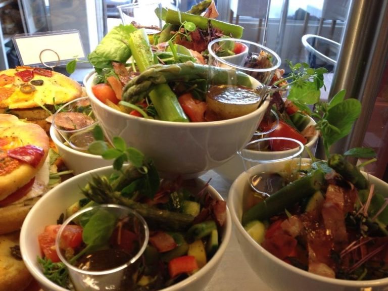 Home made salads, perfect for lunch © Miscela