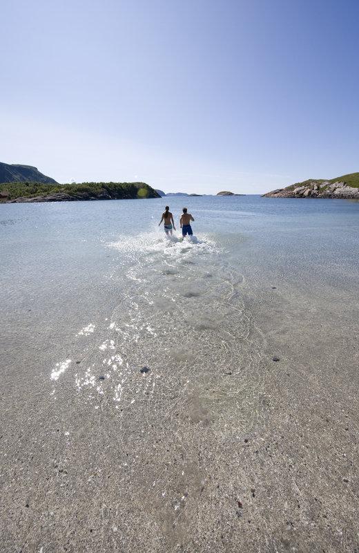 Stranda på Mjelle er sommerparadiset © Terje Rakke/Nordic Life