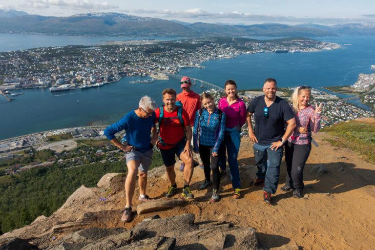 Er du i Tromsø i sommer? Denne utsikten er verdt hver eneste meter! © Mats Hoel Johannessen