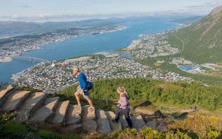 Fra her er det bare noen få steg igjen før du når toppen © Mats Hoel Johannessen