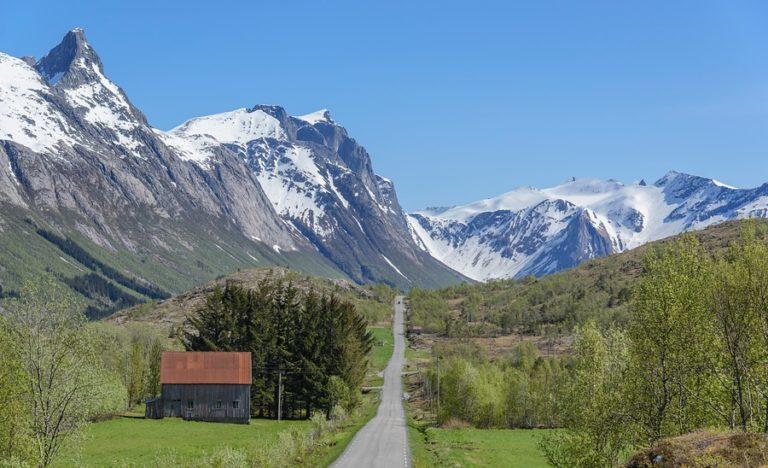 Forsommer på Nord-Helgeland © Steinar-Skaar