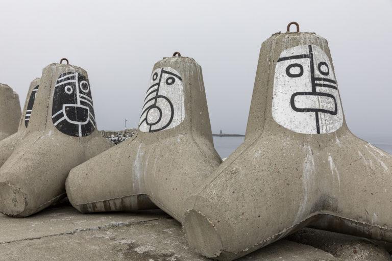 Tetrapodene løste havneproblemet i Berlevåg © FotoKnoff
