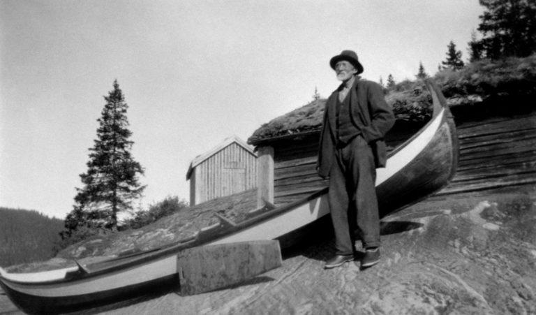 Ålvfæringer er spesielle båter for laksefiske © Helgeland Museum avd Grane
