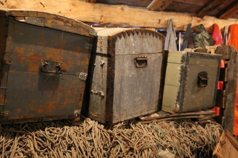Old style chests © Norsk fiskeværmuseum Lofoten