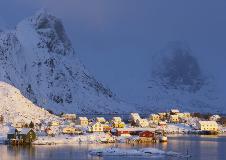 Reine er vakkert om vinteren © Bård Løken