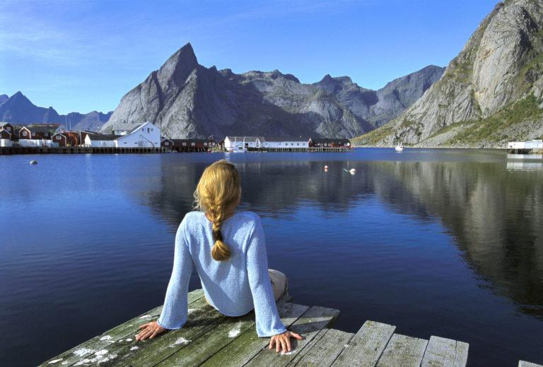 Sommerferien er vakker i Reine © Terje Rakke