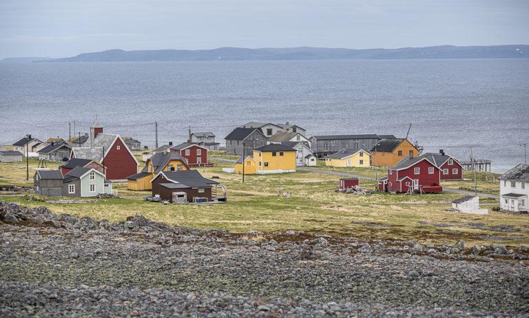Fiskeværet Hamningberg i Båtsfjord, nordlige ytterpunkt mot Barentshavet på Nasjonal turistveg Varanger. © Jarle Wæhler, Statens vegvesen