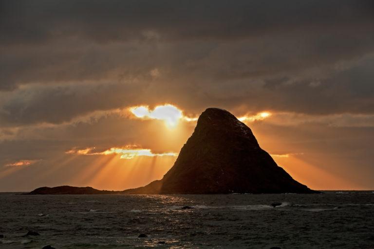 Midnattslys ved Bleiksøya  © Marten Bril