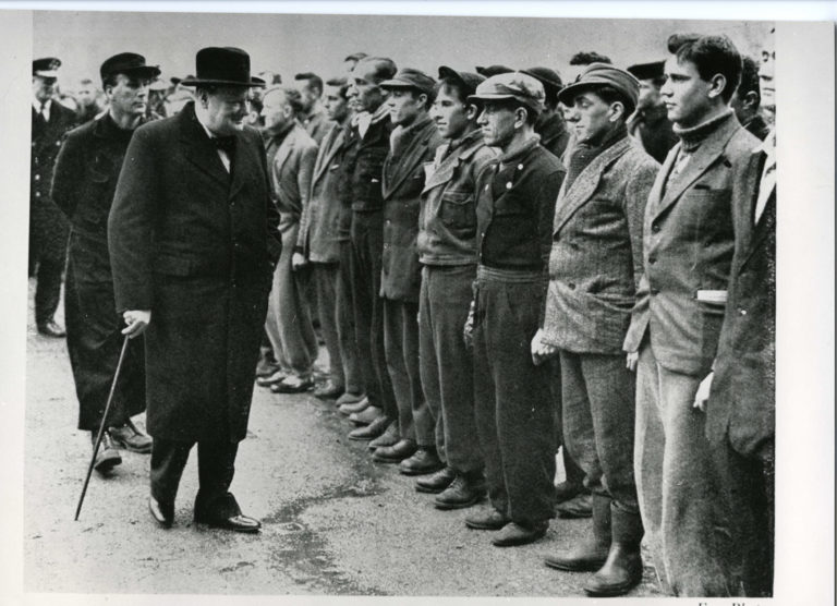 Naval secretary Winston Churchill receives naval soldiers dressed in civilian clothes. One of the them sent the aforementioned gloves back to Narvik © Narvik War Museum