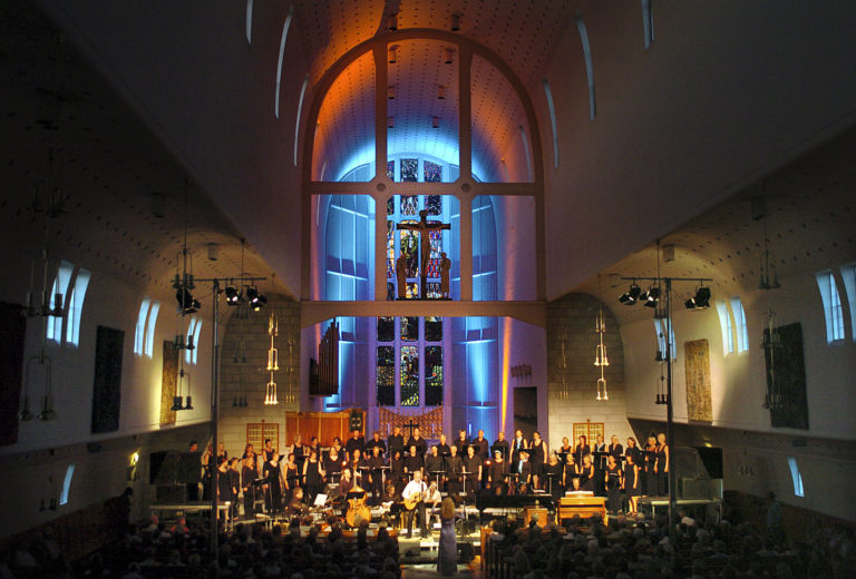 Concert in the mighty space of the Bodø Cathedral © Ernst Furuhatt