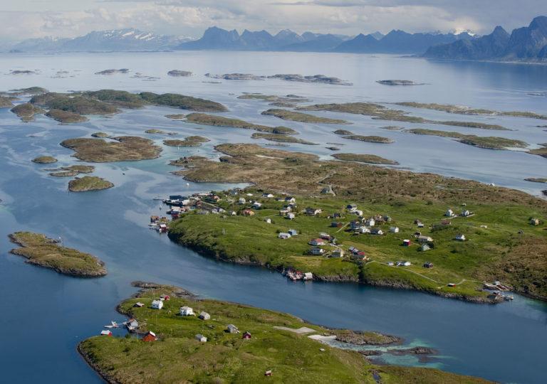 Helligvær is an island community outside Bodø © Ernst Furuhatt