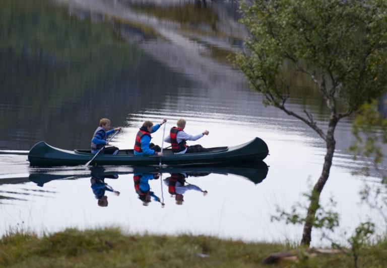 I kano i Bodømarka © Ernst Furuhatt