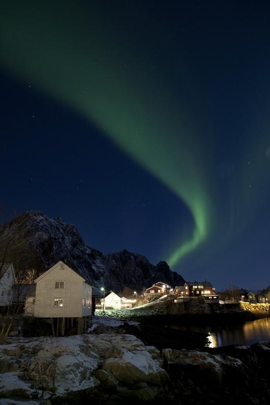 A stripe in Lofoten © Johnny Mazzilli