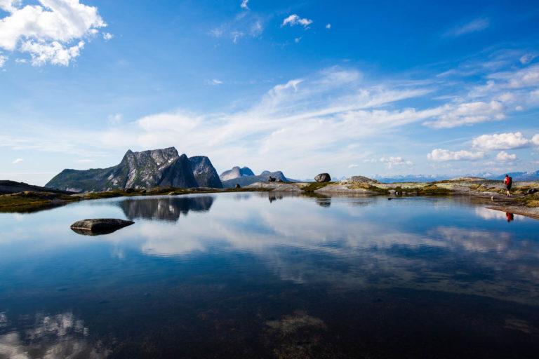Fra platået på toppen av Verdenssvaet er utsikten rå © Mats Hoel Johannessen
