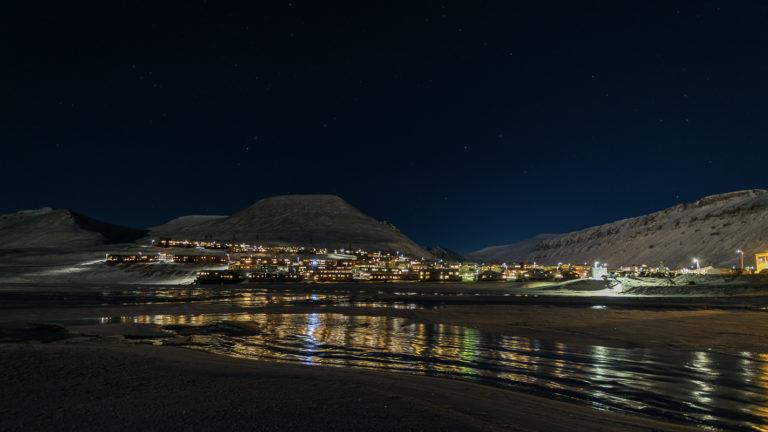 Fjorden fryser ikke så mye til som før © Jarle Røssland
