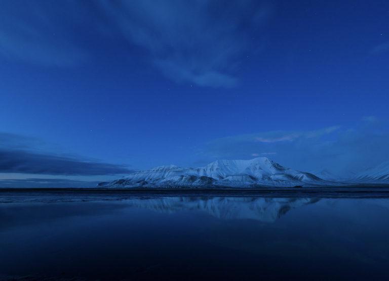 Dypt, gjennomsiktig blått lys © Jan Nordvålen