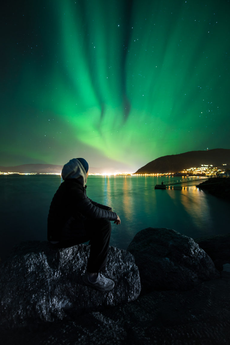 When you sit on a rock with a good jacket on, the Northern Lights sometimes turn up © Simon Fossheim