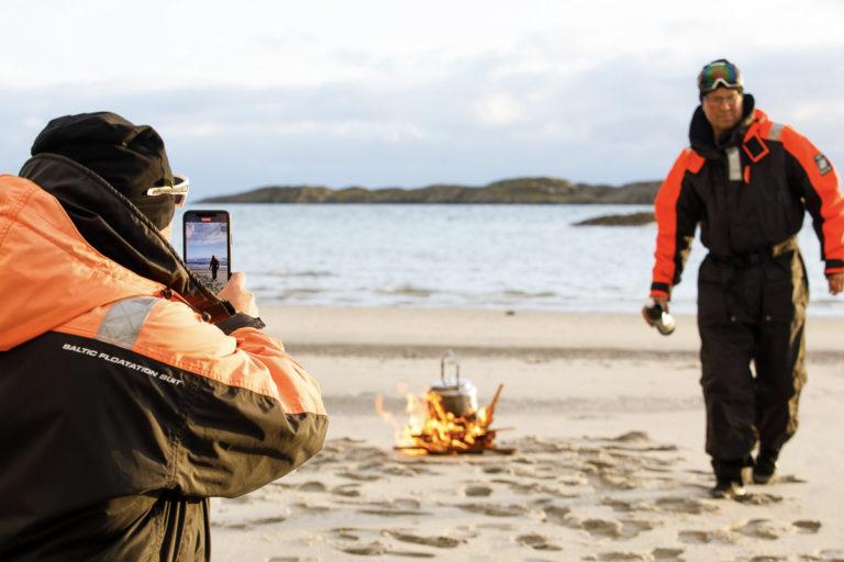 Strandhugg på Tomma etter ribb-tur med Visit Nesna @ Kathrine Sørgård