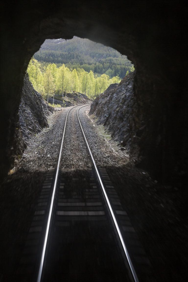 Nordlandsbanens mange tunneler © Kathrine Sørgård