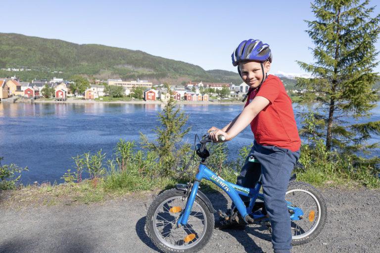 Mye moro i Mosjøen for en åtteåring © Kathrine Sørgård