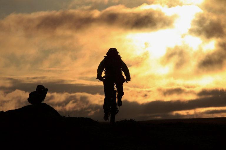 Finnmarksvidda er for de lange sykkelturene i tørt, fint sommervær © GLØD Explorer