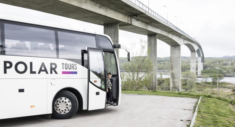 Hopp av bussen på Saltstraumen  © Kathrine Sørgård