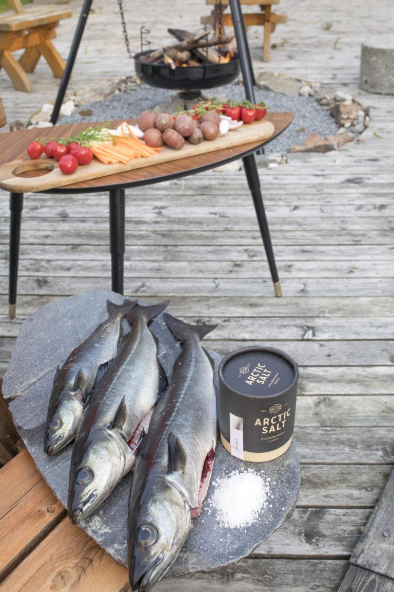 Sløying og tilbereding av fersk straumsei med lokalt tilbehør @Kathrine Sørgård