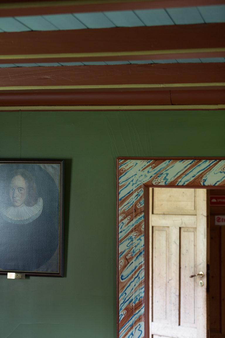 Detaljer fra interiøret inne i Alstahaug prestegård © Kathrine Sørgård