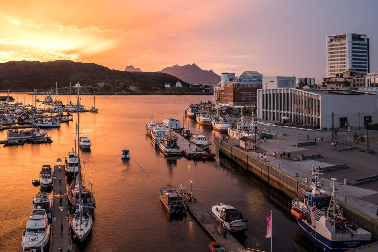 Gyllen sommerkveld i Bodø © Kathrine Sørgård