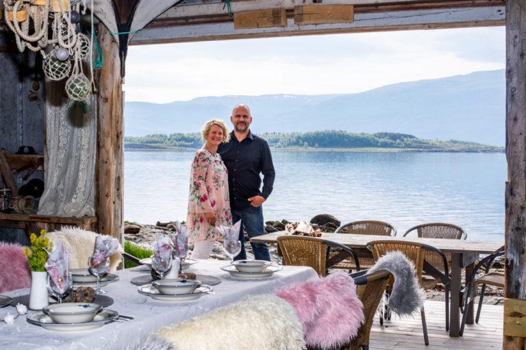 Lunt og koselig i naustet hos Elin på Litlehaug @ Hans-Petter Sørensen / Visit Nesna