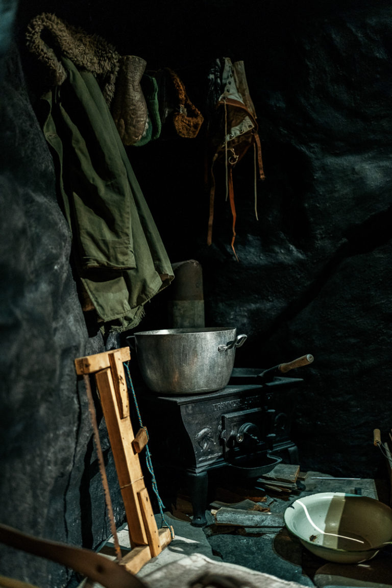 Inside the museum of reconstruction in Hammerfest; life as troglodytes in the winter of 1944-45 © Ziggi Wantuch