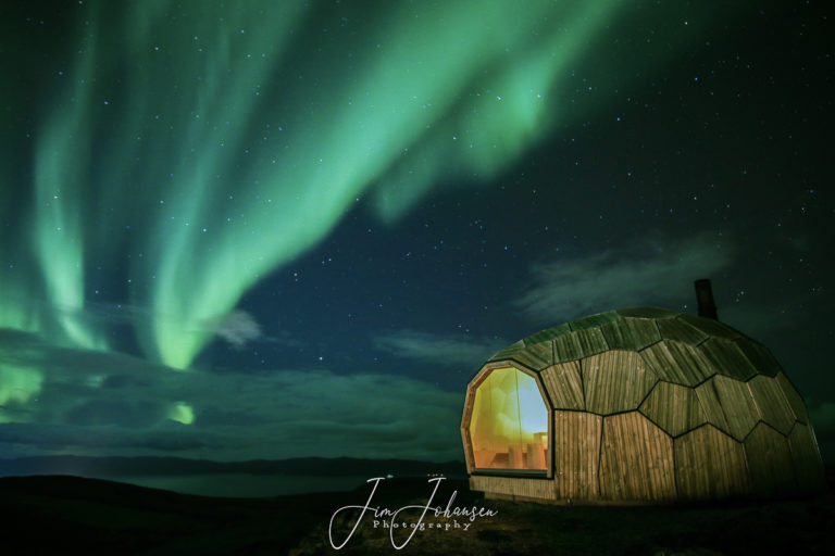 The shelter at Mount Storfjellet provides shelter against the wind, but you still get the view © Jim Johansen