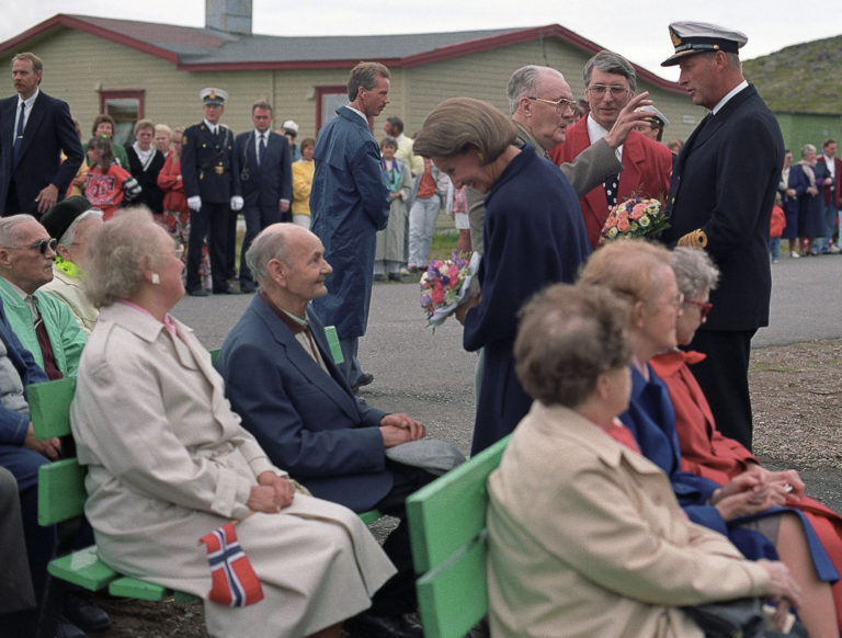 King Harald and Queen Sonja visited Kiberg on their grand tour of Northern Norway in 1992 © Bjørnar Pedersen