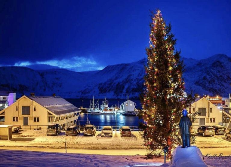 Christmas atmosphere downtown © Kjell Bendik Pedersen/Honningsvågbilder