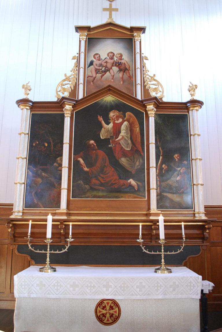The old altarpiece found in the old Vågan church © Kristine Sandmæl