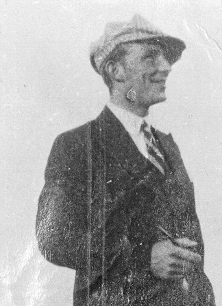 Gunnar Berg is a partisan that fell in Langbunes, near Kiberg